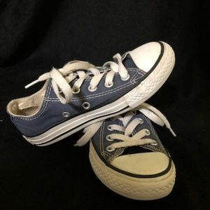 CONVERSE Boys size 11 Navy Shoes